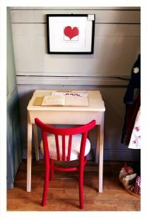 The old school desk
